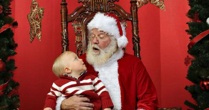 bébé et le père Noel